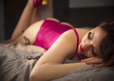 SexynbeautifulBoudoirPhotographyTampaFL19